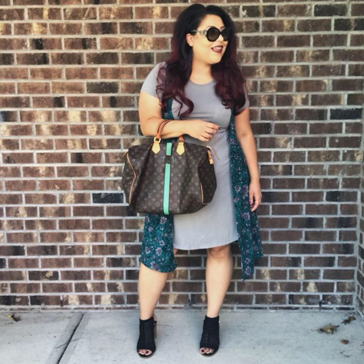 LuLaRoe with Tiffany Parsons Bot for Facebook Messenger