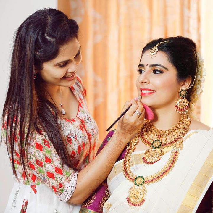 Asmitha Makeover Artistry Bot for Facebook Messenger