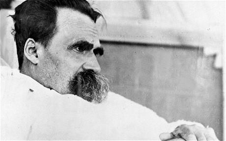 O Martelo de Nietzsche Bot for Facebook Messenger