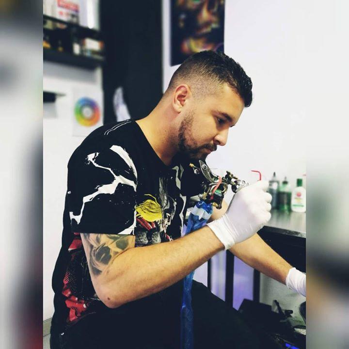 Nepta.tattoo Bot for Facebook Messenger