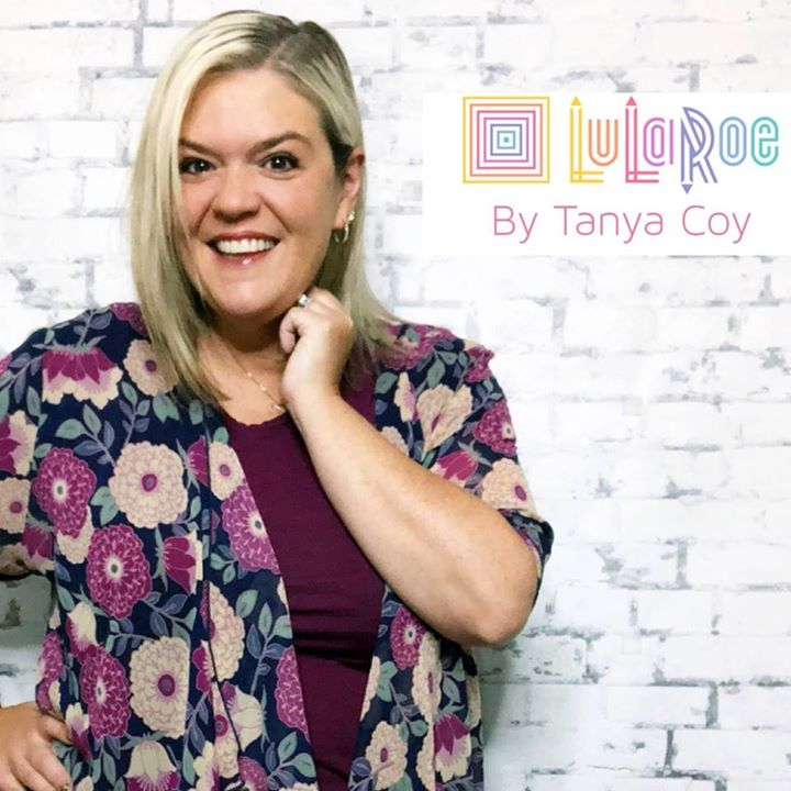 Lularoe Tanya & Danny Coy Bot for Facebook Messenger